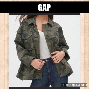 NWT GAP Camouflage Utility Jacket XS